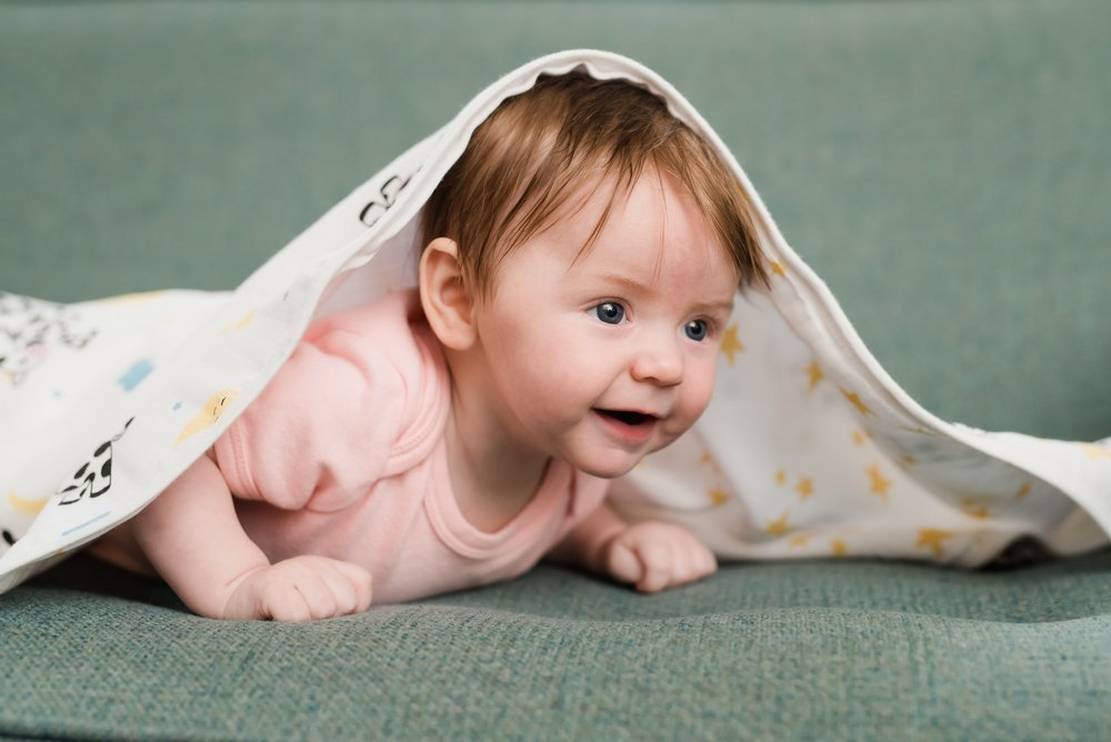 What Are the Developmental Benefits of Baby Blankets?